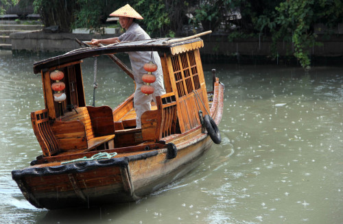 Suzhou Canal Boat Trip with Bespoke